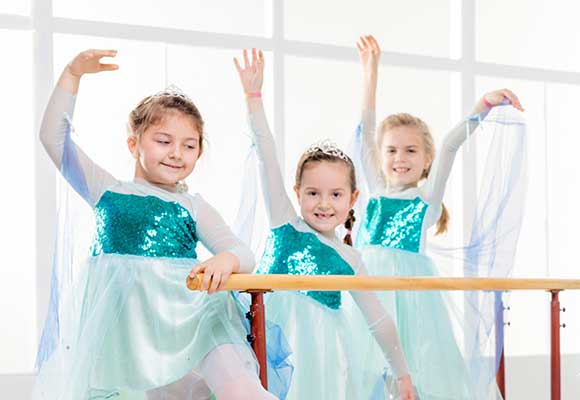 Munchkin Children's Dance Classes Core Paris